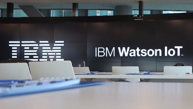 Die Pressebühne im IBM Watson IoT Center München.