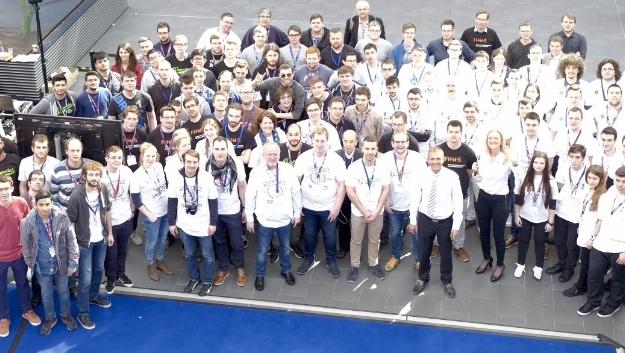 30 Teams aus ganz Europa – insgesamt rund 150 Studenten und 25 Professoren – haben am Wettkampf teilgenommen.