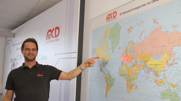 Frank Schumacher von der Hard- und Software-Applikation bei MCD Elektronik freut sich über das  neu »erschlossene« Land.