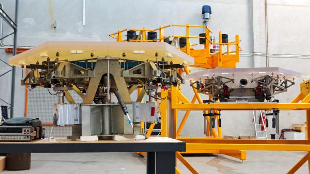Unterschiedliche Prototypen der Spiegelsegmente wurden auf dem ESO-Gelände in Deutschland getestet.