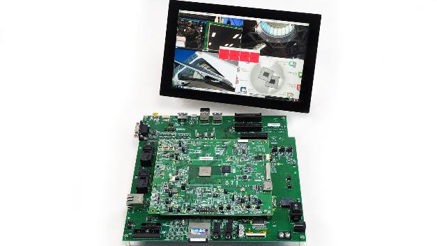 Socionext hat mit diesen SoCs eine Plattform entwickelt, auf denen zwei Cortex-A15- und zwei Cortex-A7-Prozessorkerne (1,6 GHz maximale Taktfrequenz) und eine Mali-T624-GPU von ARM integriert sind. Mit diesem Basisprozessor-Setup und der Erweiterung mit kundenspezifischen Anforderungen für Büro-, Industrie-, Medizin- oder Consumer-Equipment »können Lösungen entstehen, die so keine Konkurrenz auf dem Markt finden«, erklärt Müller. Zur Prototype-Entwicklung für diese Custom-SoCs kann ein FPGA-Board an das Plattform-Board via PCIe angeschlossen werden. Müller: »Die Basis-SoCs zeichnen sich durch eine sehr kurze Wake-up-Zeit von unter 1 Sekunde und einen geringen Stromverbrauch aus.«