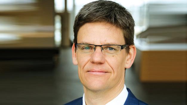 Peter Wawer, Infineon Technologies  »Siliziumkarbid steht am Wendepunkt, nach Kosten-Nutzen-Betrachtung ist es bereit für den Einsatz in einer Vielzahl von Anwendungen. Unser Ziel ist die Marktführerschaft im SiC-Bereich.«