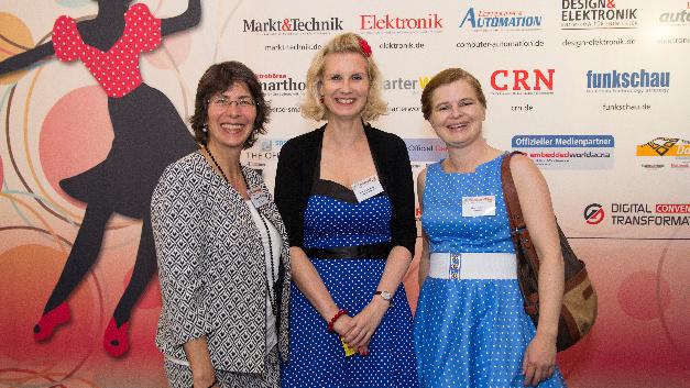 Frauen-Power: Monika Sonntag von Infineon (links) mit Stefanie Eckardt, Elektronik automotive, und Irina Hübner, Elektronik.