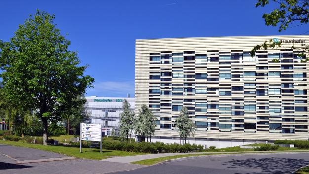 Mit der Investition in das Fraunhofer ISIT profitiert auch Schleswig-Holstein an dem umfassenden Investitionsprogramm des Bundes »Forschungsfabrik Mikroelektronik Deutschland« (FMD).
