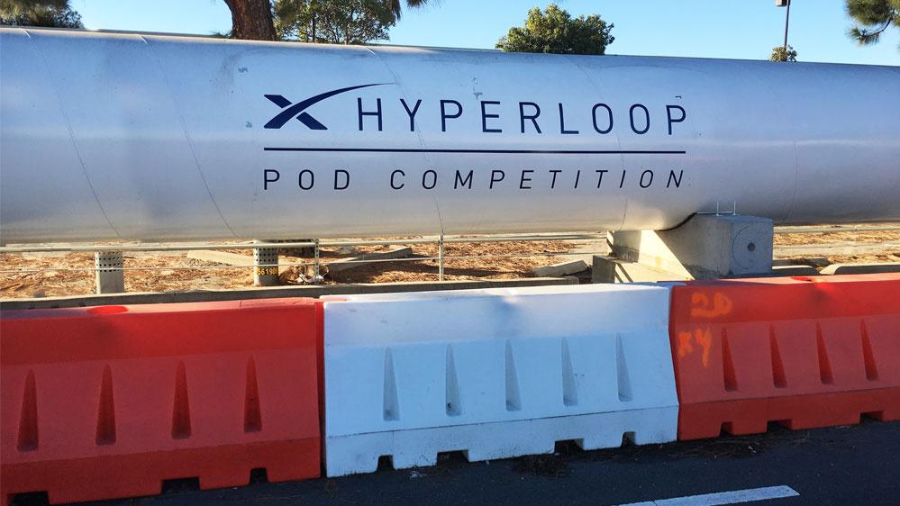 Die 1,2 km lange Teströhre wurde von SpaceX in Kalifornien errichtet.