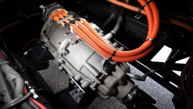 Der neue elektrische Zentralantrieb CeTrax kann ohne Änderung an Fahrwerk und Achsen in bestehende Plattformen integriert werden.