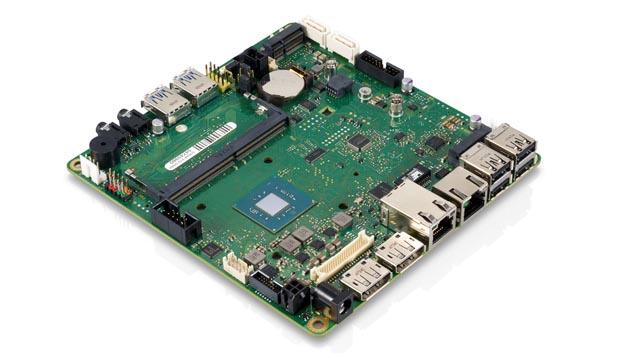Fujitsu Technology Solutions setzt auf das für sie neue Boardformat Mini-STX(147 x 140 mm) beim MainboardD3544.