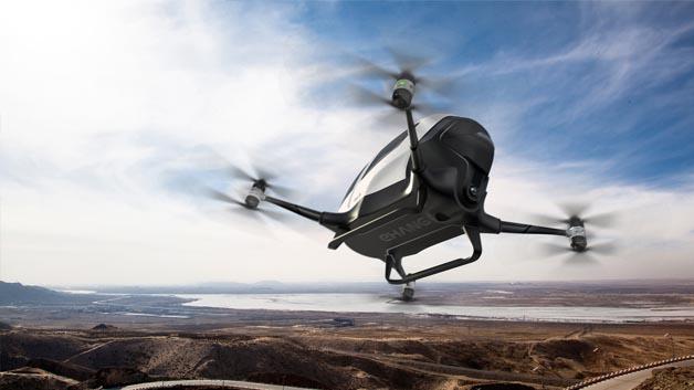 Der chinesische Hersteller Ehang setzt auf das Konzept einer »Maxi-Drohne«.