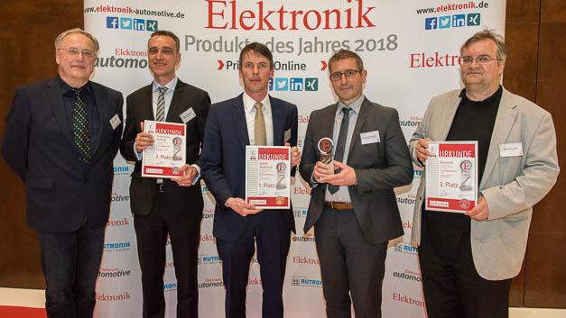 Die Gewinner der Rubrik: Passive Bauelemente: (v.r.n.l.) Wolf-Dieter Roth (Hy-Line Power Components; Dr. Thomas Brander, Matthias Kalmbach (beide Würth Elektronik); Roland Petermann (Petermann-Technik) sowie Redakteur Alfred Goldbacher