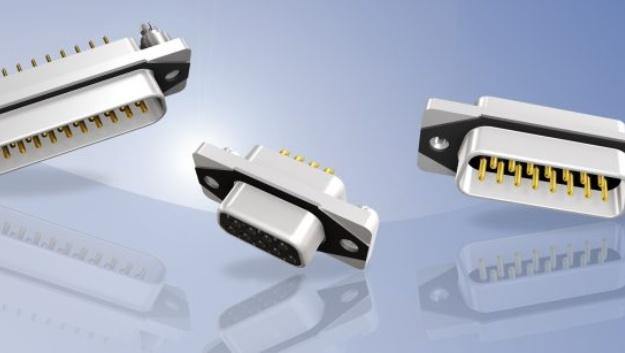"""EMV-geschützt:   Die """"IP67 D-Sub Conec SlimCon Filter"""" sind die jüngste Erweiterung der IP67-D-Sub-Filtersteckverbinderfamilie von Conec. Der Steckverbinder mit einem Tiefpassfilter pro Kontakt schützt jetzt neben dem Eindringen von Flüssigkeiten und Fremdkörpern auch gegen hochfrequente leitungsgebundene Störungen. Realisiert wird der Tiefpassfilter über gekapselte Kondensatorelemente, beschaltet von jedem Kontakt zum Steckergehäuse. Der Steckverbinder hat ein einteiliges Zinkdruckgussgehäuse, wobei der Gehäuseausschnitt für die Serie dem von anderen Standard-D-Sub-Steckverbinder entspricht. Damit sind keine neuen Ausschnitte nötig und es ist eine Umrüstung von Standard-IP20-Systemen auf das IP67-System der Serie Conec SlimCon Filter möglich. Die Steckverbinder sind für die Hinterwandmontage ausgelegt und liegen mit vier dafür vorgesehenen Flächen am Panel mechanisch an. Die Abdichtung zum Gehäuse wird über eine leitfähige EMV-Dichtung oder wahlweise mit einer Silikondichtung erzielt. Die Serie ist in den Gehäusegrößen 1 bis 3 in Stift und Buchse erhältlich. Alle Ausführungen haben ein 4-40-UNC-Innengewinde. Die integrierten Filter bietet Conec mit den Kapazitätswerten von 370 pF, 820 pF und 1200 pF an."""