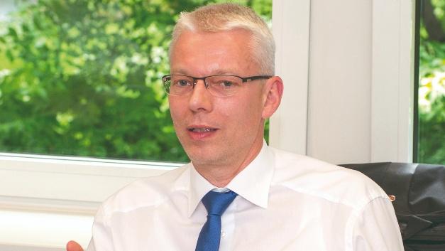 Stefan Bergstein, Emtron: