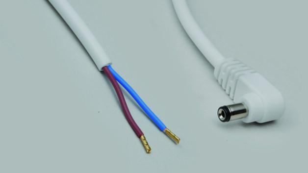 BKL Electronic erweitert sein Portfolio an Anschlussleitungen mit Steckverbinder auf offenes Ende kontinuierlich. Die zuvor in einer Länge von 2m erhältlichen DC-Anschlusskabel bietet das Unternehmen ab sofort in den Längen 0,3m, 0,5m, 1m und 5m. Verfügbar sind die DC-Leitungen mit Hohlstecker oder Kupplung als gerade und gewinkelte Varianten und in unterschiedlichen Steckergrößen. Außerdem können Anwender zwischen einer schwarzen und weißen Ausführung, einer Zwillingsleitung in rot/schwarz und Versionen mit verzinnten Enden oder mit Aderendhülsen wählen.