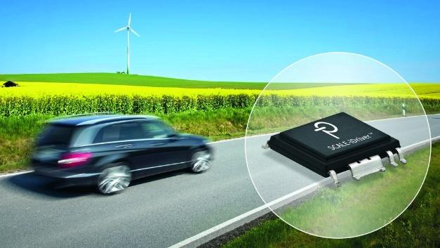 Zwei Gate-Treiber-ICs aus der Scale-iDriver-Familie sind jetzt nach AEC-Q100 Grade Level1 qualifiziert. Damit sind die beiden Chips als Treiber für IGBT- und SiC-MOSFET-Module im Automobilbereich einsetzbar. Die ICs SID1132KQ und SID1182KQ sind für Spitzenströme bis ±2,5A bzw. ±8A spezifiziert. Nach Herstellerangaben bietet der SID1182KQ die höchste Strombelastbarkeit unter allen galvanisch getrennten Gate-Treibern am Markt und kann einen 600-A-/1200-V- oder 820-A-/750-V-Schalter treiben.  Die einkanaligen IGBT- und SiC-MOSFET-Treiber-ICs nutzen die magneto-induktive, bidirektionale FluxLink-Kommunikationstechnik, die eine verstärkte galvanische Trennung zwischen Primär- und  Sekundärseite gewährleistet. Durch FluxLink kann auf optoelektronische Bauteile verzichtet werden, deren Eigenschaften sich durch Alterung oder Temperatureinwirkung verändern können. Scale-iDriver-ICs benötigen nur eine unipolare Spannung, wodurch sich das Design des DC/DC-Wandlers für die sekundärseitige Betriebsspannung erheblich reduziert. Eine interne Spannungs- und Leistungsmanagement-Schaltung übernimmt die erforderliche Regelung von positiven und negativen Gate-Treiberspannungen. Erhältlich sind die Bausteine im eSOP-Gehäuse, das mit einem CTI-Wert von 600 sowie 9,5mm Kriech- und Luftstrecke die Anforderungen der Automobilindustrie erfüllt.