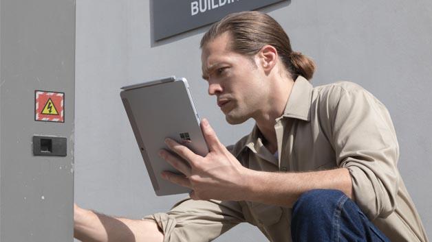 Microsoft positioniert das Surface Go auch für Industrie- und Service-Anwendungen.