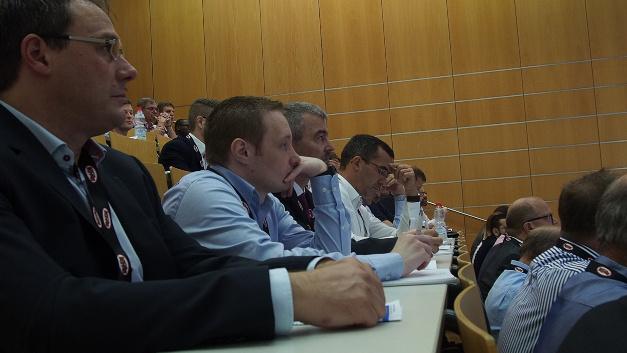 Zahlreiche Teilnehmer kamen am 19.09.2018 zum Bordnetz Kongress an die Hochschule Landshut.