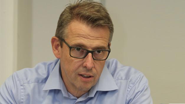 Gerd Ohl, geschäftsführender  Gesellschafter von Limtronik und  Mitglied der Smart Electronic Factory »Das Hauptthema ist die Verfügbarkeit und dadurch wird das Wachstum in unserer Industrie gebremst.«