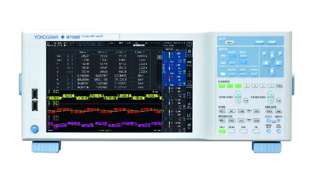 076: Der neue Präzisions-Leistungsanalysator WT5000 von Yokogawa löst das bisher genaueste Leistungsmessgerät, den WT3000E, ab – mit einer garantierten Grundgenauigkeit von ±0,03%. Effektivwerte von Spannungen und Strömen von 1% bis 130% der eingestellten Messbereiche werden mit spezifizierter Genauigkeit gemessen. Damit sind Signale mit Crest-Faktoren von bis zu 300 erfassbar. Die Abtastrate dabei beträgt 10MSa/s mit einer Auflösung von 18bit. Bedeutendste Änderung zum Vorgänger WT3000E ist der vom Anwender konfigurierbare Modul-Aufbau des WT5000.