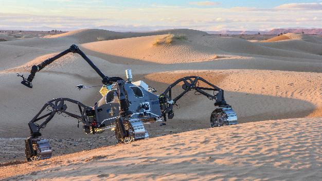 SherpaTT durchquerte dank der neuen Software autonom die Wüste und legte dabei eine Strecke von über 1,3 km zurück.