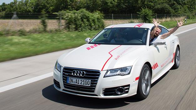 Der A8 von Audi ist ein autonomes Fahrzeug der Stufe 3.