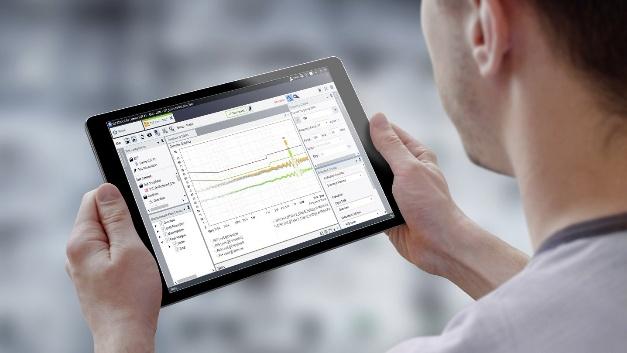 Mit der neuen EMV-Testsoftware R&S Elektra von Rohde & Schwarz lässt sich die Messung elektromagnetischer Störaussendungen vollständig automatisieren. Durch die Erweiterung um Störfestigkeitstests deckt die Software neben entwicklungsbegleitenden Messungen nun auch die Zertifizierungsanforderungen nach internationalen Normen ab. Dank vordefinierter Bibliotheken für gängige EMV-Normen und automatischer Erkennung angeschlossener Geräte kann der Anwender schnell mit der Messung beginnen. Die übersichtlich gestaltete grafische Bedienoberfläche, die für hochauflösende Bildschirme und Touch-Bedienung auf Handheld-Geräten optimiert wurde, erlaubt den schnellen Zugriff auf wichtige Funktionen ohne komplizierte Navigation durch mehrere Fenster. Auf dem Dashboard, das mit Favoriten, einer Keyword-Suche und Funktionen zum Taggen und Filtern wichtiger Elemente ausgestattet ist, behält der Anwender den Überblick. Die gleichzeitige Durchführung von Messungen und die Erstellung  prüflingsspezifischer Messpläne mit dem neuen Messplan-Editor sorgen für schnelles und effizientes Arbeiten.