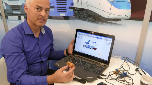 Mini-Datenlogger mit WLAN: Wendelin Egli, Geschäftsführer vom Schweizer Hersteller MSR, konnte neben dem neuen Funkmodul im Logger auch eine neu überarbeitete Konfigurations-Software vorführen.