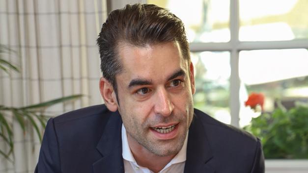 Matthias Lohmeyer, Future  »Während große Kunden die Situation sofort verstanden und rechtzeitig ihre Bedarfe platziert haben,  muss man mit KMUs deutlich länger diskutieren, denn sie wollen viel Flexibilität und sich nicht festlegen.«