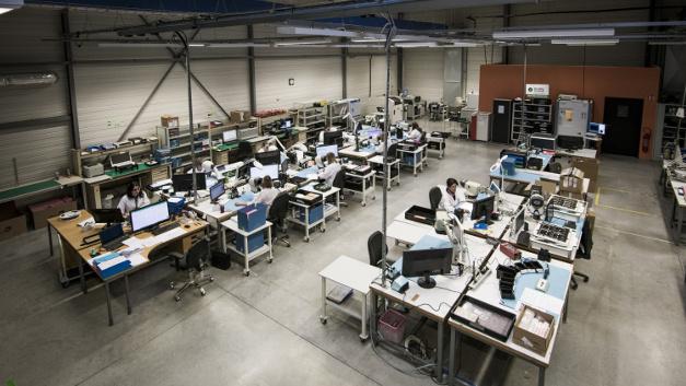 Blick in die Werkstatt von Proto-Electronics im elsässischen Rosheim, Frankreich.