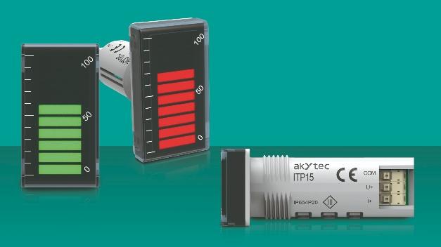 """Mit der LED-Bargraph-Anzeige """"ITP15"""" erweitert akYtec sein Sortiment kompakter Prozessanzeigen. Sie stellt analoge Eingangssignale in einer zweifarbigen Zehn-Segment-Anzeige von 0 bis 100% dar und macht so erreichte Zielwerte oder überschrittene Grenzwerte schnell erkennbar. Die Prozessanzeige arbeitet mit einem linearen Spannungssignal von 0(2)–10V oder einem Stromsignal von 0(4)–20mA. Das Eingangssignal ist frei konfigurierbar. Das Montageteil der Anzeige ist zylindrisch geformt, sodass das Gerät vertikal und horizontal montiert und sich dank der diagonalen Beschriftung der Skala auch in beiden Richtungen leicht ablesen lässt. Die ITP15 passt in einen 22,5-mm-Montageausschnitt, der auch für Standardsignallampen oder Drucktasten an Schaltschränken oder -tafeln verwendet wird. Der enthaltene NPN-Transistorausgang ermöglicht eine Zweipunktregelung eines Niederspannungsrelais bis 42V DC/200mA. Alle Anzeigesegmente des ITP15 leuchten je nach Eingangssignalwert und eingestellten Alarmgrenzen in grün oder rot und blinken in zwei Frequenzen. So lassen sich etwa die Annäherung und die Überschreitung eines Grenzwertes unterschiedlich darstellen. Der NPN-Ausgang lässt sich mit denselben Alarmgrenzen ein- und ausschalten. Das Gerät wird über drei Funktionstasten auf der Rückseite bedient. Geeignet ist die Bargraph-Anzeige für Umgebungstemperaturen von –40 bis +60°C und entspricht der Schutzart IP65. Die ITP15 ist für die Prozessüberwachung hinsichtlich Druck, Temperatur oder Feuchtigkeit konzipiert. Anwendungen finden sich in industriellen Branchen, wie Lebensmittelproduktion, Wasser- und Abwasserwirtschaft, Entsorgung, Maschinen- und Anlagenbau, Energie oder Land- und Forstwirtschaft."""