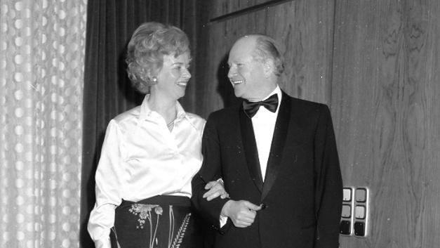 Weil Oskar Lapp zur Firmengründung noch bei einer anderen Firma angestellt war, ließ sich seine Frau als Gründerin ins Handelsregister eintragen: Der Name des Unternehmens U.I. Lapp steht für Ursula Ida Lapp.
