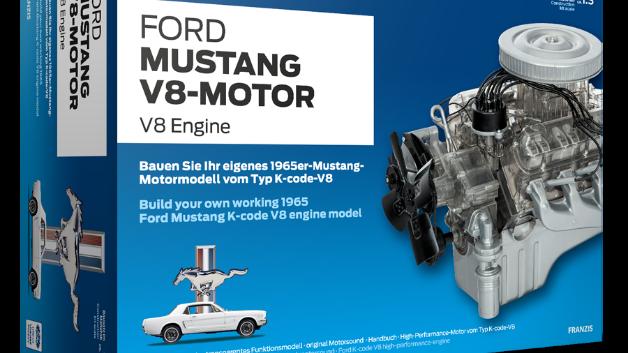 """Ford Mustang V8-Motor  Anfang der 1960er-Jahre begann die Serienproduktion der ersten Generation des Ford Mustang. Seitdem gilt das """"Pony Car"""" als Inbegriff des sportlichen amerikanischen Automobils. Nahezu untrennbar verbunden mit der Geschichte des Mustangs ist sein V8-Motor."""