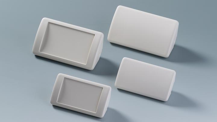 Das SMART-CONTROL ist das erste Gehäuse zur leichten Montage in gängigen Raumecken. Zudem kann die Gehäusereihe sowohl an der Wand als auch auf dem Tisch in ergonomischer Schrägstellung angewendet werden.