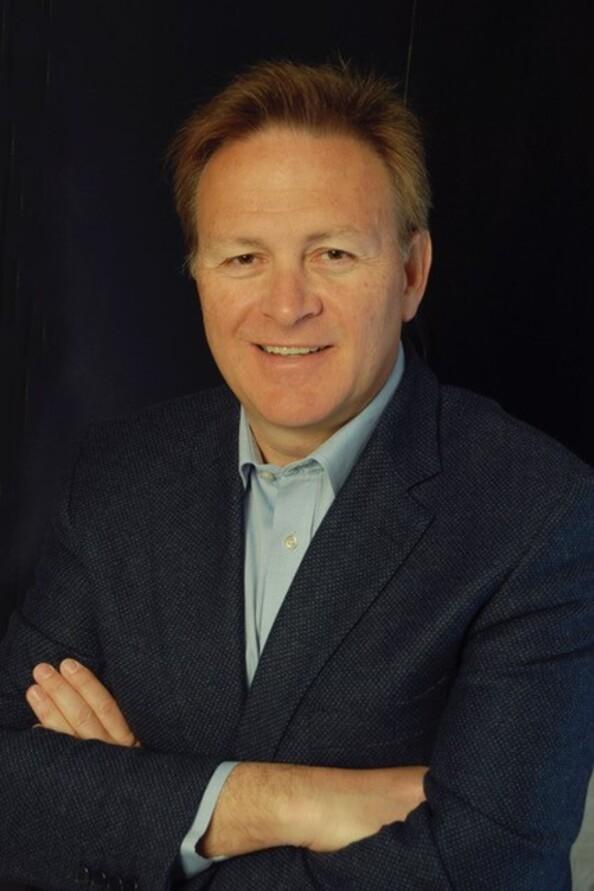 Us Mobilfunker Holt Néstor Cano Europa Chef Von Tech Data Wechselt