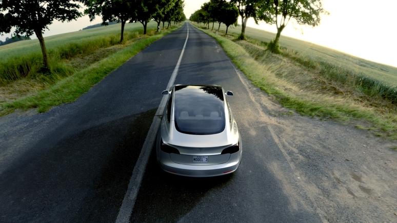 Teslas Model 3 kommt im Februar nach Europa
