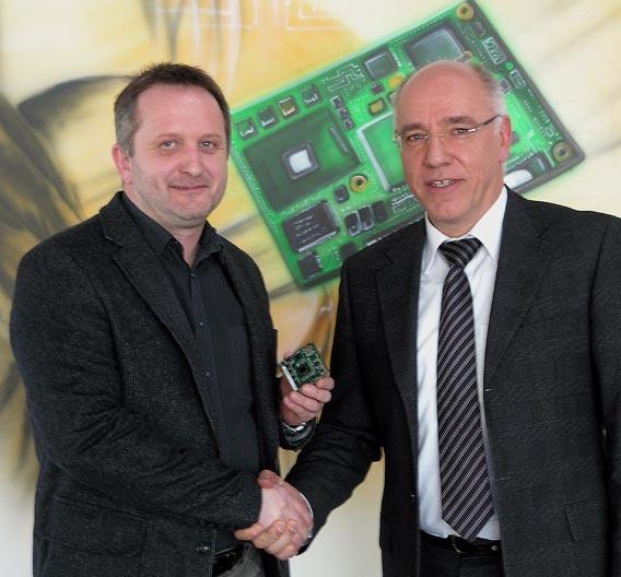 Gerhard Edi, CEO von Congatec und Manfred Jendrny, CEO der Xyco Technologies.