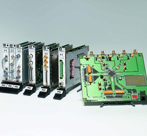 Bild 1. Auswahl von Produkten der NI PXI Semiconductor Suite.