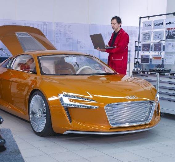 Der e-tron von Audi wird in Neckarsulm in Kleinserie hergestellt. Die Markteinführung soll Ende 2012 erfolgen.