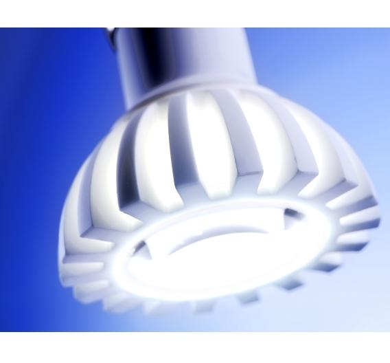 Eine LED-Spot-Leuchte, bestückt mit einer 4-W-LED