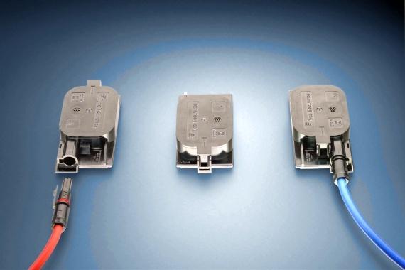 Dezentrale Zweischienen-Anschlussbox für Solarmodule