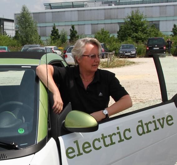 Dr. Annette Schavan, Bundesforschungsministerin: »Deutschland soll Leitmarkt für Elektromobilität werden, die Batterietechnologie ist der Schlüssel dazu.«