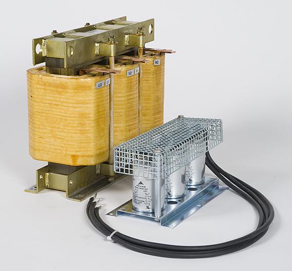 Die Sinusausgangsfilter »FN5040« und »FN4045« von Schaffner werden auch bei langen Motorleitungen eingesetzt.