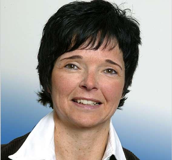 Elke Nelles-Schwelm, Evonik Degussa: »Die Herausforderung für die Ingenieure von LPKF bestand darin, dass herkömmliche Laserschutzfenster keine elektrischen Oberflächenströme ableiten.«