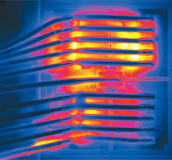 Bild 1. IR-Aufnahme eines gealterten IGBT mit inhomogener Verteilung der Oberflächentemperatur.