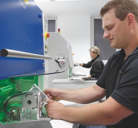 LaserMicronics unterstützt LPKF beispielsweise bei der Produkt- oder Verfahrensentwicklung für potenzielle Laserkunden.