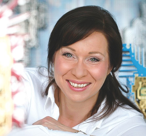 Katja Ranocha, Heger: »Bereits bei der Entwicklung der ersten Generation – dem HTT-Board – sind wir eine sehr enge Partnerschaft mit der Uni Bayreuth und der TU Hamburg-Harburg eingegangen, die wir nun mit der Weiterentwicklung hin zur HF-Tauglichkeit noch intensiviert haben.«