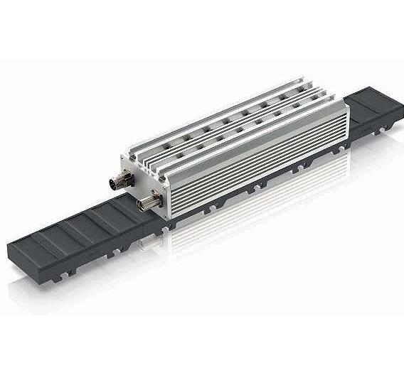 Bild 1. Ihr magnetfreies und dadurch in allen Belangen kosteneffizientes Sekundärteil prädestiniert die Synchron-Linearmotoren »1FN6« von Siemens vor allem für Anwendungen mit langen Verfahrwegen.