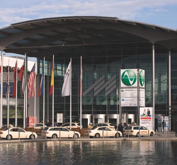 Mit voraussichtlich über 2600 Ausstellern und mehr als 70.000 erwarteten Besuchern unterstreicht die electronica 2010 ihren Anspruch als Weltleitmesse der Elektronikbranche.