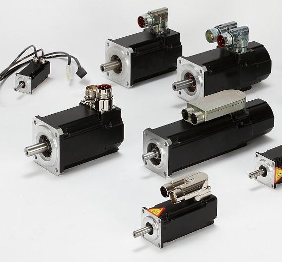 In verschiedenen Versionen lieferbar sind die Synchron-Servomotoren der Serie AKM von Kollmorgen.