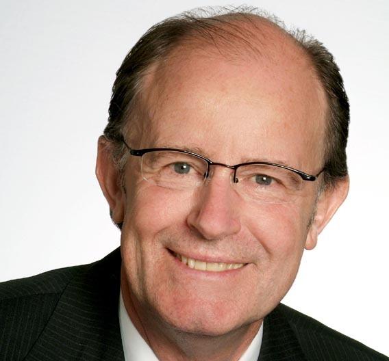 Dr. P. Rieth, Leiter der Abteilung Systems & Technology