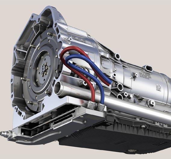 Die Leistungselektronik ist im BMWi-geförderten Projekt EfA direkt an das Getriebe angebaut. Das reduziert die Systemschnittstellen und ermöglicht eine plattformübergreifende Vormontage.