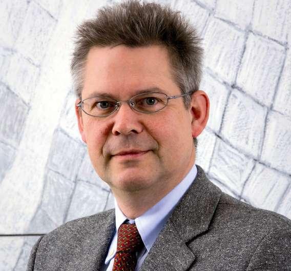 """Rainer Kurtz, VDMA: """"Die Euphorie ist seit unserer letzten Umfrage im Oktober ungebrochen. Unsere Kunden – Herstellern von Halbleitern, Leiterplatten, elektronischen Bauelementen und Baugruppen – haben nach der Krise schnell Vertrauen in den Aufschwung gefasst und bereits im vergangenen Jahr wieder erheblich in die Produktion investiert."""""""